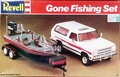 """Revell 1979 Dodge Ramcharger with Ranger 363V Comanche Bass Boat with Trailer and Yamaha V6 Outboard Motor """"Gone Fishing Set"""""""