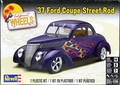Revell 1937 Ford Coupe Street Rod