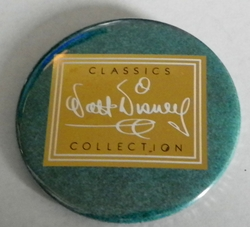 92 - 93 Pinback Button Walt Disney Classic Collection
