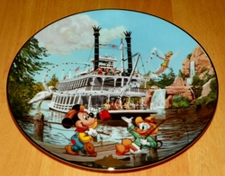 Collector Plate from Disneyland's 40th Anniversary Series.   Issue 8 of 12 titled: Mark Twain Riverboat