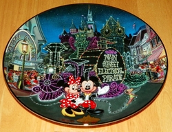 Collector Plate from Disneyland's 40th Anniversary Series.   Issue 9 of 12 titled: The Main Street Electrical Parade Out of Stock