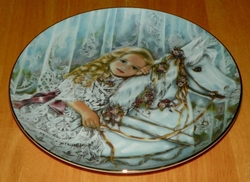 Collector Plate Knowles Tess 3rd Issue Heirlooms and Lace series.
