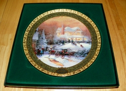 Collector Plate Victorian Christmas II from the Thomas Kinkade Cherished Christmas Memories Series