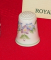 Country Garden Royal Worcester Porcelain England Thimble Collectors Club