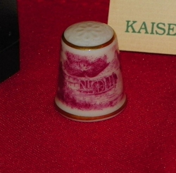 Country Scene Porcelain West Germany Thimble Collectors Club
