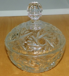 Cut Glass Covered Candy Dish with Knob Finale