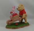 Disney Pooh & Friends Figurine Collecting Friends Along the Way