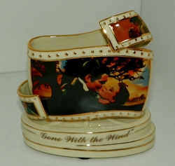 Gone With The Wind Loves Embrace Film Strip Porcelain Plate Figurine SOLD