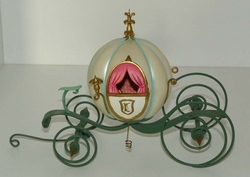 WDCC Disney Enchanted Places An Elegant Coach For Cinderella Box & COA Full Size