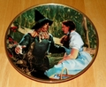 Collector Plate Dorothy Meets the Scarecrow Wizard of Oz Commemorative Plate