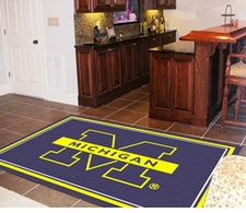 Michigan Wolverines 4'x6' Floor Rug