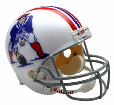 New England Patriots 1965-81 Throwback Riddell Deluxe Replica Helmet