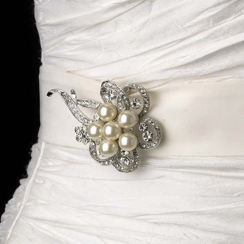Belt with Antique Silver Clear Rhinestone & Pearl Ribbon Brooch 26