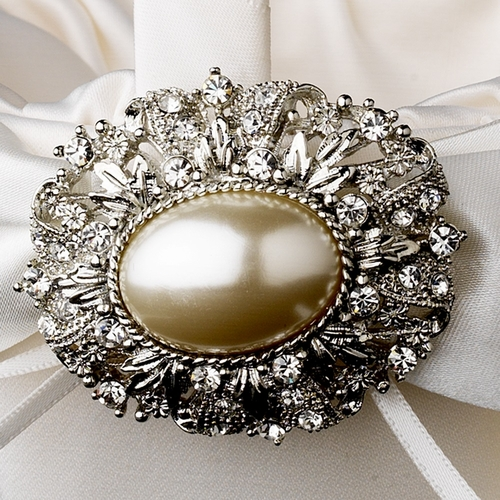 Flower Girl Basket 17 with Antique Ivory Oval Pearl Brooch 134