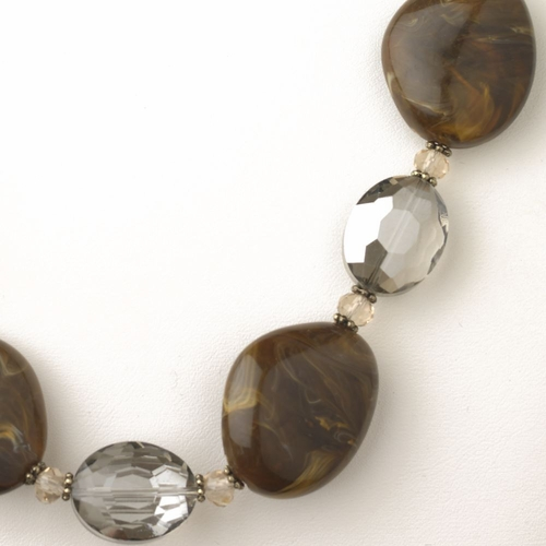 Gold Brown Stone And Faceted Beaded Fashion Jewelry Set 9506