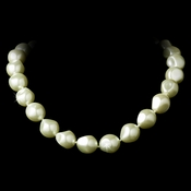 Necklace 8325 Ivory