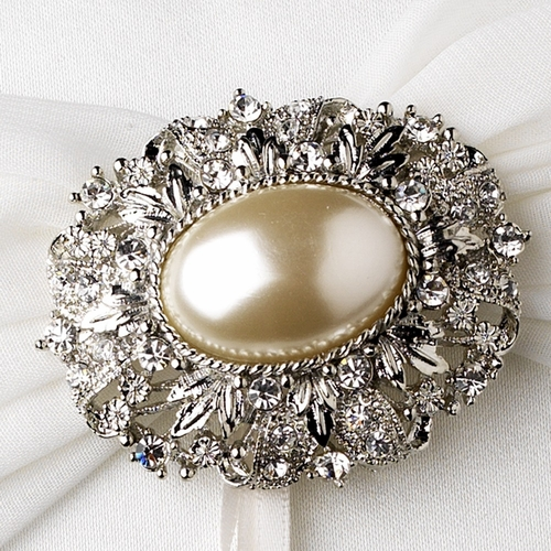 Ring Pillow 11 with Antique Ivory Oval Pearl Brooch 134