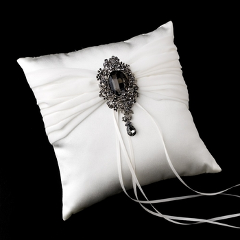 Ring Pillow 11 with Silver Clear Crystal Leaf Brooch 81