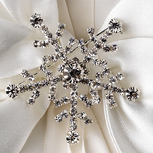 Ring Pillow 17 with Silver Clear Winter Snowflake Brooch 30326