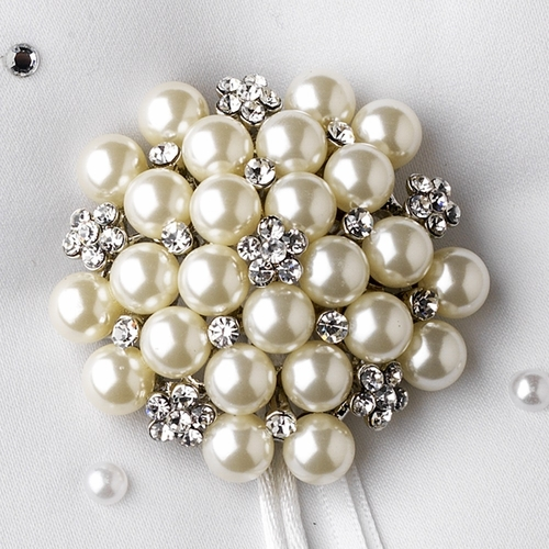 Ring Pillow 92 with Floral Cluster Pearl Brooch 31