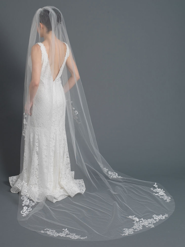 Single Layer Bridal Wedding Cathedral Veil Accented W