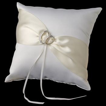Two Rings Ring Pillow 763