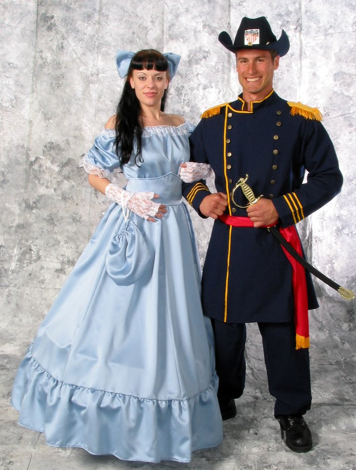 Deluxe Womens Pastel Blue Southern Belle Costume Candy Apple