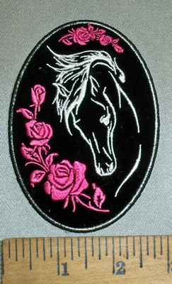 4412 CP - Horse With Pink Roses - Oval - Embroidery atch