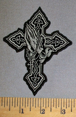 4557 CP - Cross With Praying Hands - Emboidery Patch