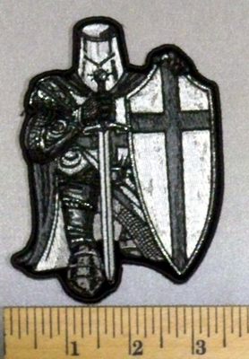 4985 CP - Black And White Crusader Knight - With Sword And Shield - Full Armor - Embroidery Patch