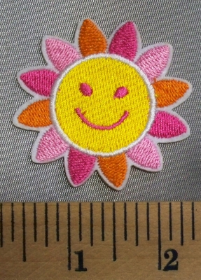 5088 C - Smiley Flower - Embroidery Patch