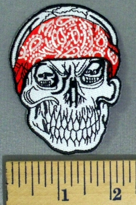 5151 S - Grinning Skull Wearing Red Bandana - Embroidery Patch