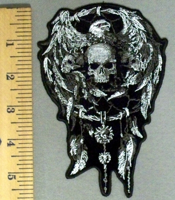 5197 G - Bald Eagle With Open Wings - Skullface Dreamcatcher With Feathers - Embroidery Patch