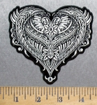 5577 G - Decorative Heart - Embroidery Patch