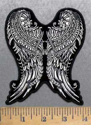 5583 G - Decorative Heart - Embroidery Patch