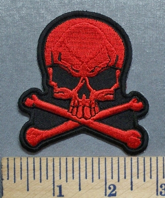 5598 CP - Red Skull And Crossbones - Embroidery Patch