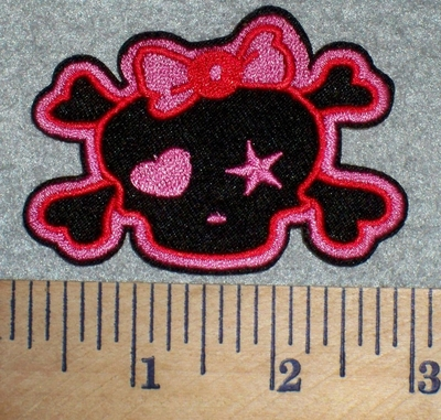 2683 C - Black Skullface And Crossbones With Pink Bow - Embroidery Patch