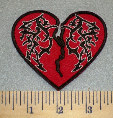2464 N - Broken Heart  - Red - - Embroidery Patch