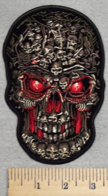 2759 G - DISCONTINUED   Full Red Eyed Skull Face With Bones - Embroidery Patch