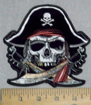 3550 G - Pirate Skullman With Pirate Hat And 2 Cross Swords - Embroidery Patch