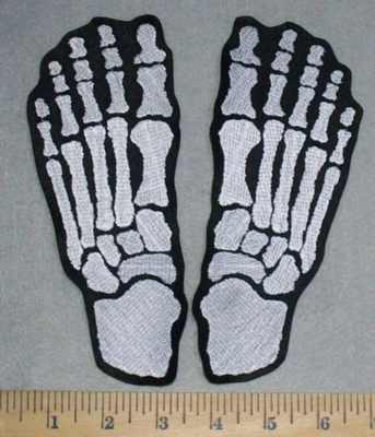 3500 L - Skeleton Feet -  Set - Embroidery Patch