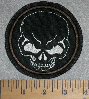 2790 L - Skull Face In Round Patch - Embroidery Patch