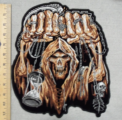 2863 G - Skull Man With Fists And Chains - Back Patch - Embroidery Patch