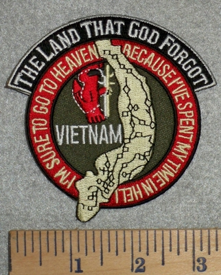 2807 W - The Land That God Forgot - Round - Map Of Vietnam - Embroidery Patch