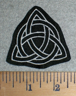3326 L - Triquetra - Small - White - Embroidery Patch
