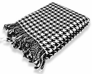 Ultra Soft 100% Cashmere Hand knitted  Houndstooth Throw Blanket  (Black)
