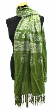 Women's Peace and Love Mantra Printed Fashion Scarf (Green)