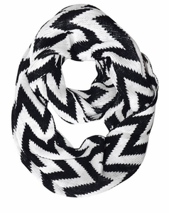 Zigzag Design Knitted Chevron Infinity Loop Scarf (Black and White)