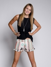 Z & L Ruffle Shorts in Aztec
