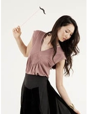 The Addison Story Back Piecing Top in Black